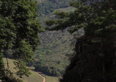 Serra dos Alves vista da Cachoeira do Bongue